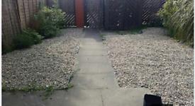 2630kg garden stones and underlay