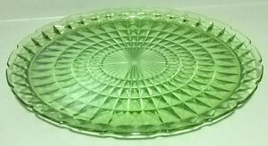 Vintage Anchor Hocking Green Glass Waterford/ Waffle Pattern