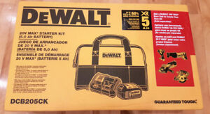 DeWalt Ensemble démarrage 5 Ah Battery and Charger Kit w/ bag