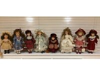 Porcelain doll collection, x8 dolls