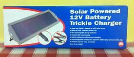 SOLAR POWERED 12V BATTERY TRICKLE CHARGER ( NEW, BOXED )