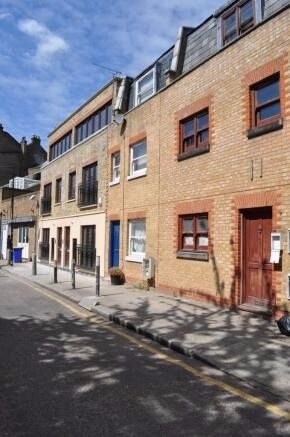 Bright and well presented 1 bedroom apartment - 3 min Bethnal Green Tube station