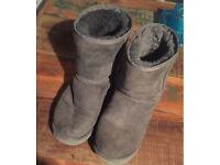 Whooga Ugg style boots. Size 5. (UK)