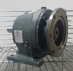 Réducteurs de vitesse (Grove Gear, IPTS, Sew-Eurodrive, Wittenstein) Neufs et usagés *AEVOS*