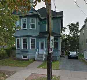 Summer Sublet (May-Sept) $650 (Utilities Included)