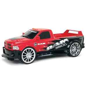 Brand NEW : New Bright Remote Control Dodge Ram with Lights