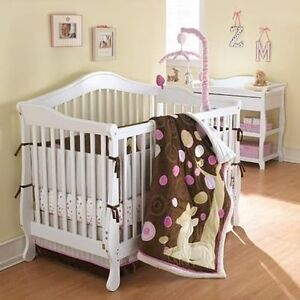 Bassinette pour bebe/ Baby Crib Storkcraft