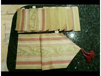 Laura Ashley large table runner & matching napkins