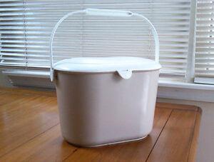 Kitchen waste compost pail