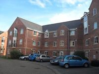 Two bedroom unfurnished second floor flat to rent in Northampton (Southbridge).
