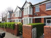 Private landlord 3 bedroom house with garage close to city center