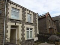 FOR RENT! Superb 1-bedroom, ground floor flat on Park road, Treorchy. £350 PCM.