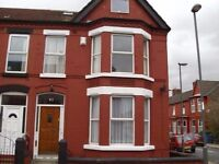 93 Garmoyle Road - One room available from July - December. Sharing with 6 other housemates.