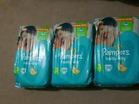 Size 3 baby dry nappies x3