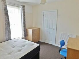 ARE YOU LOOKING FOR IMMEDIATE ACCOMODATION? COME GET A FURNISHED DOUBLE ROOM *DSS ACCEPTED*