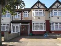 3 bedroom house in Southwood Gardens, Ilford, IG2 (3 bed)