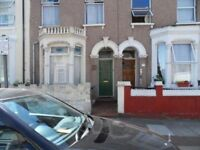 4 bed property in Central Stratford,good access to city, nice property throughout, 2 bathrooms