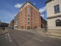 Luxury Two Bedroom Flat off Charles St in Central Leicester