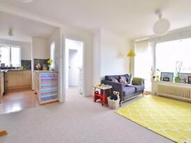 2 bedroom flat to rent in Palmeira Avenue, Hove