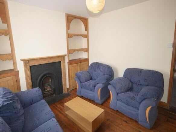 4 Bed House to Rent Wincheap Canterbury - £1250