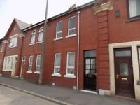 2 BEDROOM HOUSE TO LET IN AUDLEY RANGE (BLACKBURN) £450 PCM - AVAILABLE IMMEDIATELY