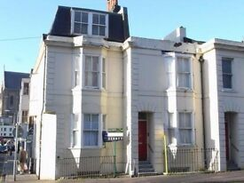 One Bed Unfurnished Flat To Rent Situated Opposite The Level In Central Brighton