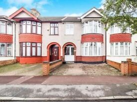 Spacious Four Bedroom House in Barking
