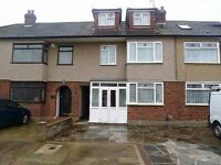 Stunning spacious three bedroom house in Dagenham East, RM10