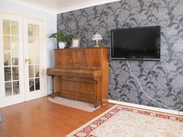 Used Upright piano for sale