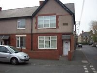 Three Bed Property to rent - £475pm
