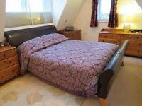 Spacious 4 Bedrooms Duplex Apartment with Large Kitchen & Balcony near Lime House & Canary Wharf