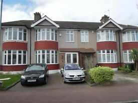 *3bedroom house* close to station * part DSS consider