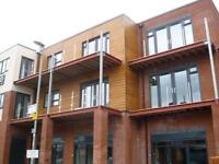 2 bed Apartment, Balcony close to transport, amenities, super market,city centre Uni, Stockport Rd,