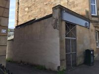 Retail Unit, Prime Location, just yards away from Victoria Road.