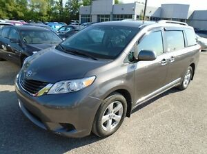 2011 Toyota Sienna LE 7PASS