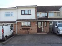 Spacious Unfurnished Three (3) Bedroom House to Rent - Bristol, BS14