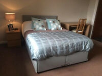 Re-available Today, View and move in this week!! Ensuite Room 5 Minutes walk to the town centre.
