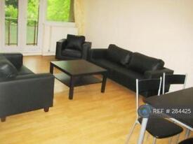 1 bedroom in St. Peters Court, London, SE4