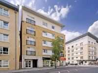 OFFER!!! Spacious Modern Double rooms in South Quays 190 pw