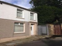 Large 3/4 Bed House for Rent in the Quar, Merthyr. Fully refurbished. With Gardren, near park