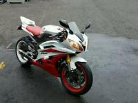 Yamaha R6 13800 miles great cond