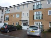 DAGENHAM - MODERN 2 BEDROOM TOP FLOOR FLAT (2ND FLOOR) - NEWLY FITTED FLOORING AND PAINTED