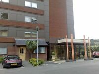 Contemporary Apartment/ Maisonette Prime Location
