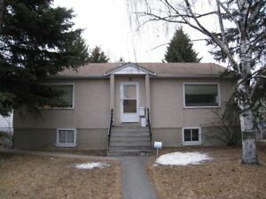 *** 2 Bedroom Upper Floor- Close to Downtown- Great Value