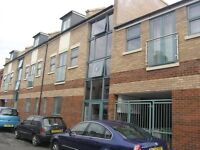 IMMACULATE FULLY-FURNISHED 1 BEDROOM CITY CENTRE FLAT - available 30th July 2016