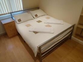 Gorgeous DOUBLE ROOM close to STRATFORD and CLAPTON