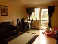 2 bed house to rent in Bushey