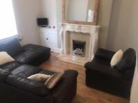 Double room and living room in 2 bed house