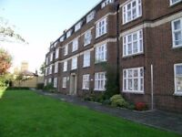 SW18 3 double bed ground floor flat parking permit communal gardens nr Clapham Jcn & Wandsworth Town