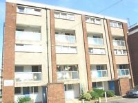 Spacious 3 Bedroom duplex flat,located minutes from Brent Street, Hendon, NW4